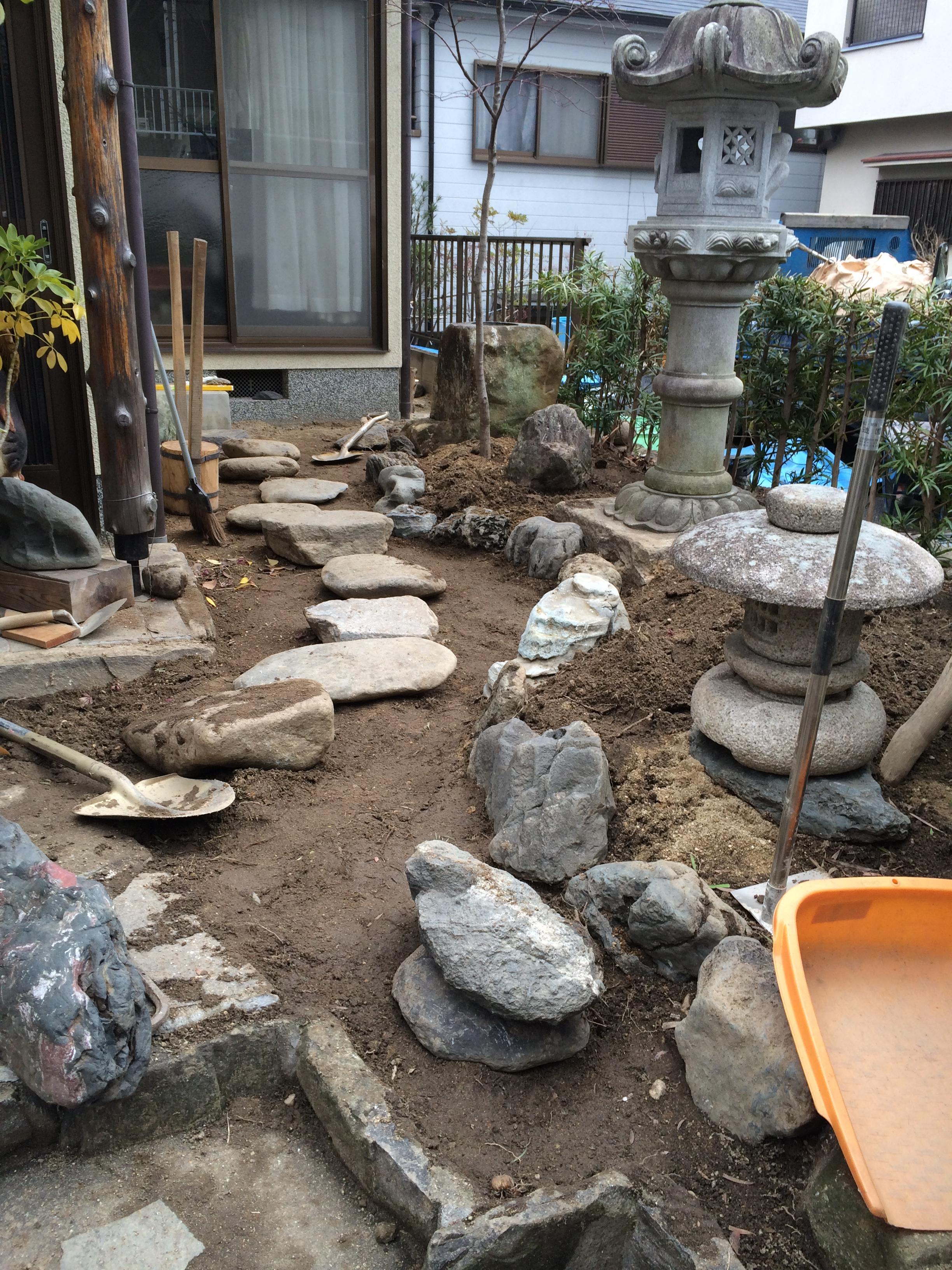 東近江市の造園・外構工事・留守宅管理なら花久造園へ 落ち着きの中に華やかさを感じられるお庭に